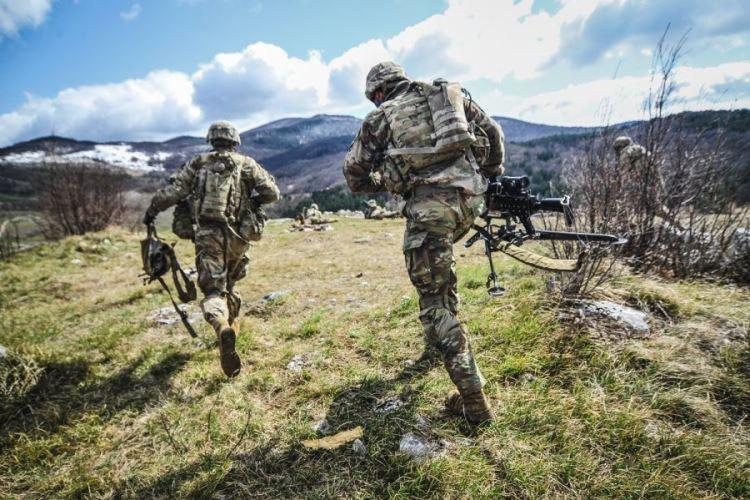 U.S. Army paratroopers assigned to 1st Battalion, 503rd Infantry Regiment, 173rd Airborne Brigade, run to their firing position during exercise Eagle Sokol 19, at Pocek Training Area, Slovenia, March 26, 2019. (HENRY VILLARAMA/U.S. ARMY)