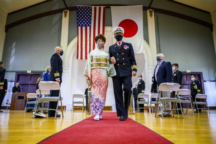 YOKOSUKA, Japan (Nov. 30, 2020) - Capt. Harry Ganteaume, Submarine Group 7's former Chief of Staff and Operations Officer, and his wife, Sumiko, are rung ashore during his retirement ceremony at Commander Fleet Activities Yokosuka. (U.S. Navy photo by Mass Communication Specialist 2nd Class Taylor DiMartino)