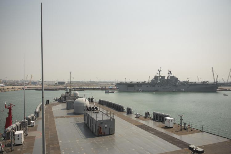 LAEM CHABANG, Thailand (Feb. 23, 2020) - U.S. 7th Fleet flagship USS Blue Ridge (LCC 19) arrives in Laem Chabang, Thailand for a regularly scheduled port visit. During the visit, Sailors will engage with the local culture, host military-to-military engagements and build relationships through music and public service activities. (Photo by Mass Communication Specialist 3rd Class Aron Montano)