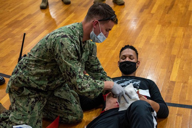 U.S. Navy photo by Mass Communication Specialist 3rd Class Rafael Avelar)