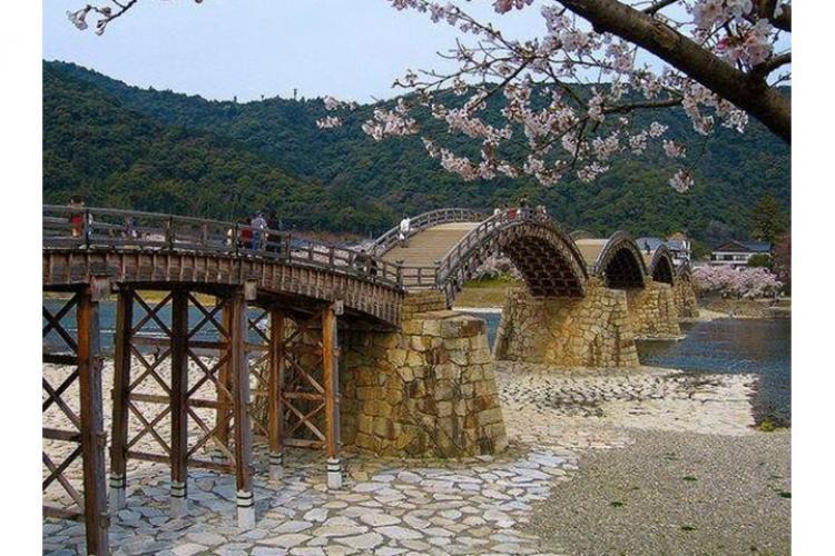 Photo by Hiroaki Kaneko, Japan Travel