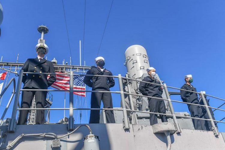 YOKOSUKA, Japan (Nov. 10, 2020) - Sailors man the rails as the Ticonderoga-class guided-missile cruiser USS Antietam (CG 54) returns to Yokosuka, Japan. Antietam's return marked the end of a nine-month deployment in the U.S. 7th Fleet area of responsibility in support of security and stability in the Indo-Pacific. (Photo by Mass Communication Specialist 3rd Class James Hong)