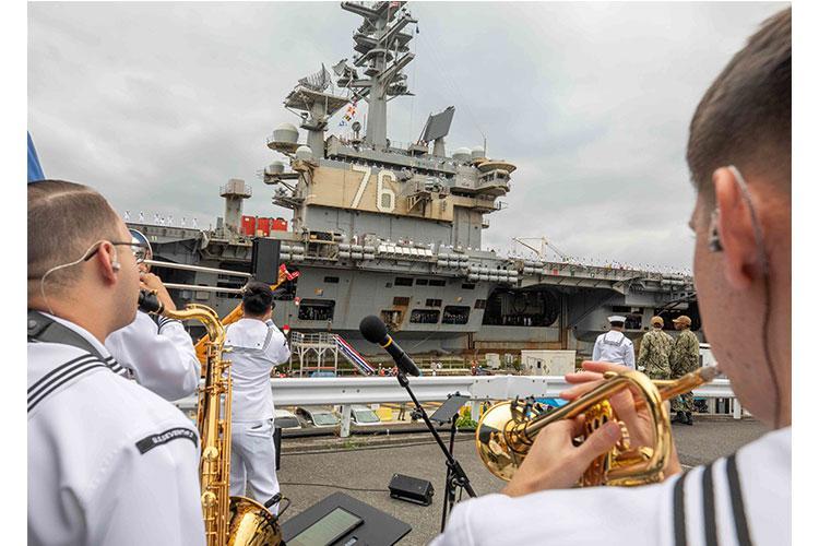 U.S. Navy Photo by Mass Communication Specialist 2nd Class Arthur Rosen