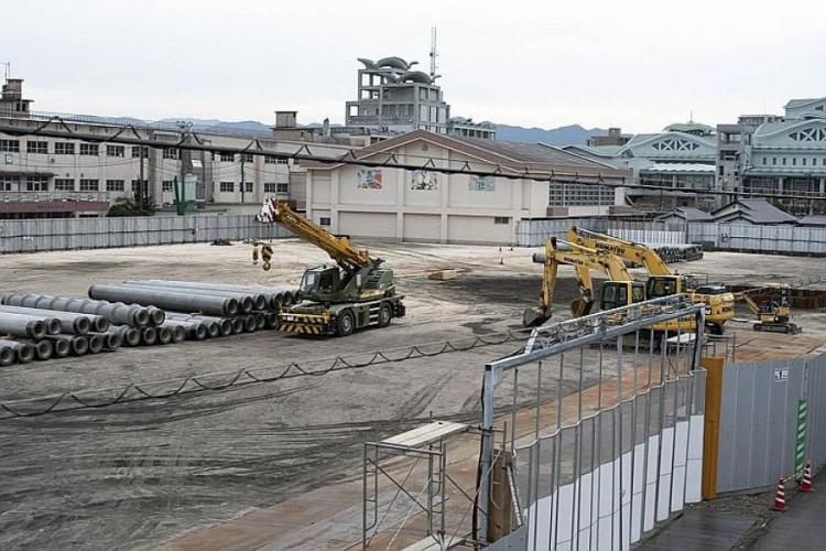 An unexploded bomb from World War II was removed from a construction site near Marine Corps Air Station Iwakuni, Japan, Sunday, March 17, 2019. JAMES BOLINGER/STARS AND STRIPES
