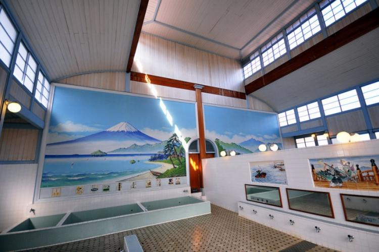 A replication of a Japanese bath house built in 1929, located at the Edo-Tokyo Museum.